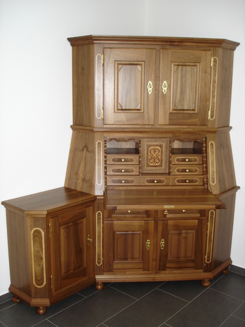 koch m belhandwerk ag gonten moderne m bel traditionelle m bel antike m bel traditionelle. Black Bedroom Furniture Sets. Home Design Ideas